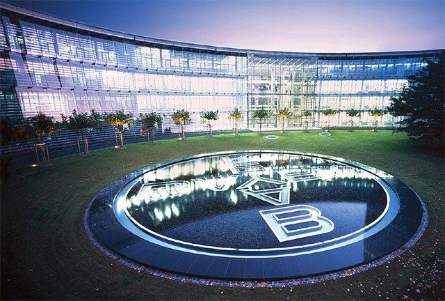 Fountain with Bayer cross 2